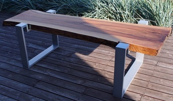 Ozdobny stol premium w stylu Loft Premium - Live Edge -ekskluzywny lity orzech na aluminiowych nogach
