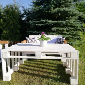 https://artdecha.pl/wp-content/uploads/2019/08/piękny-stolik-kawowy-biały-palety.jpg